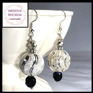 Frontrow.style Jewelry - Sterling Silver Earrings w  Silvered Ball Superb